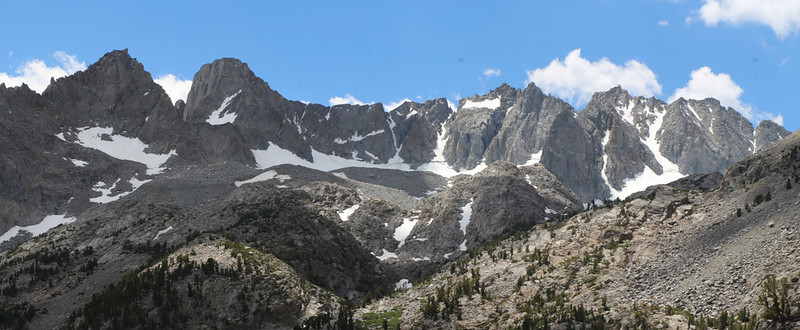 Zoomed-in panorama of Mount Gayley, Mount Sill, Polemonium, North Palisade, Starlight, and Thunderbolt