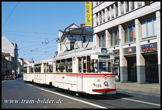 109-2007-06-11-1-Platz der Einheit