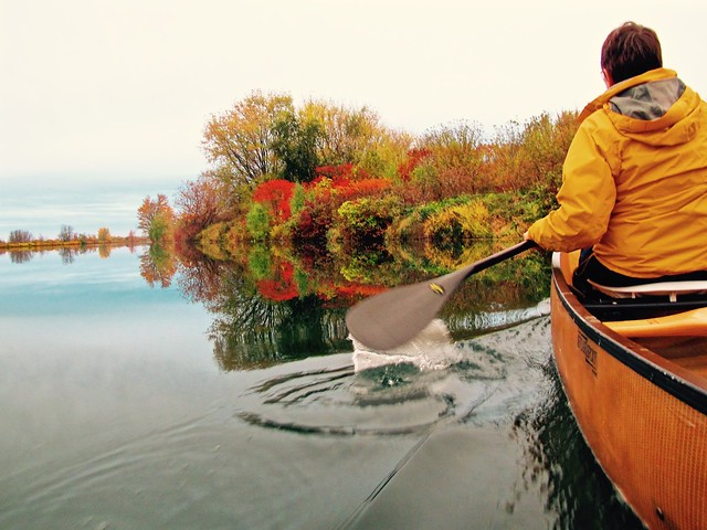 Back to Autumnal Canoeing...