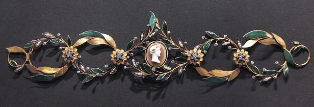 Wreath tiara, Western Europe, about 1815, Enamelled gold with diamonds, pearls and paste(glass) cameo