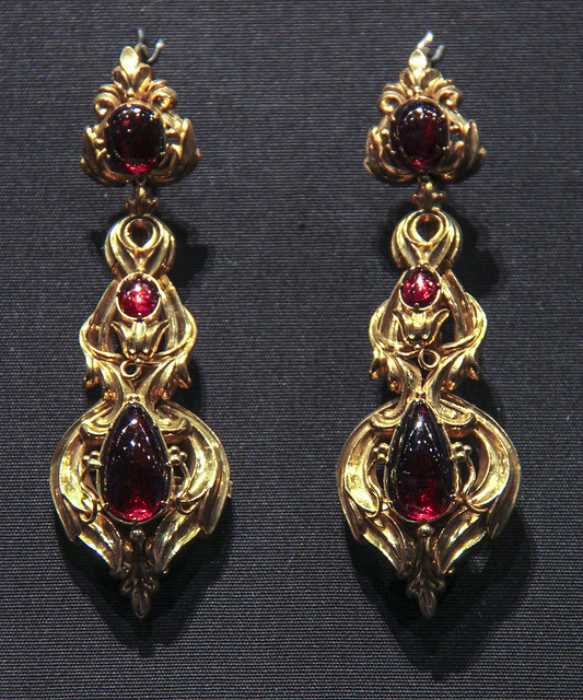 Earrings, England, about 1835, stamped gold set with cabochon carbuncles (almandine garnets)