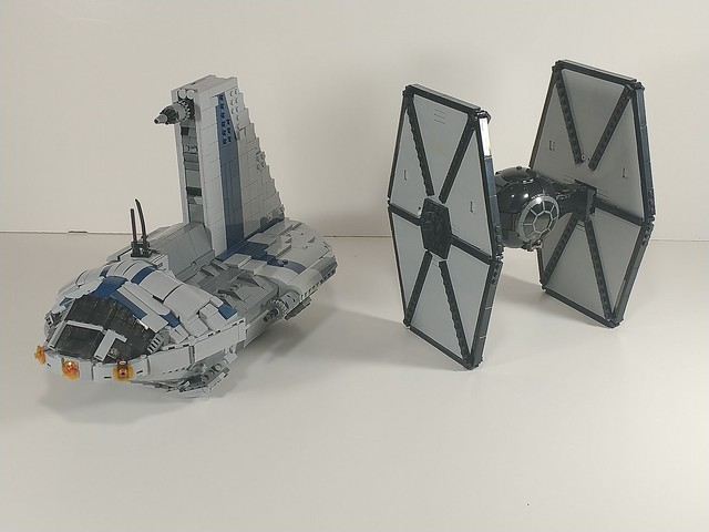 Minifig scale separatist shuttle and FO Tie Fighter