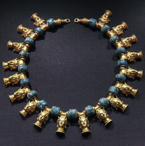 Necklace with heads of lo, priestress of Juno at Argos, Italy, before 1876, made by Castellani, Gold with filigree and glass beads (possibly ancient)