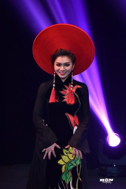 Ao dai beauty contest