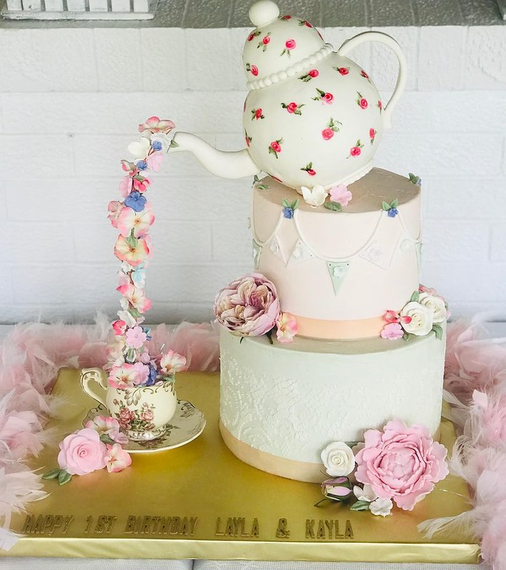 Cake by Simply Cakes LLC