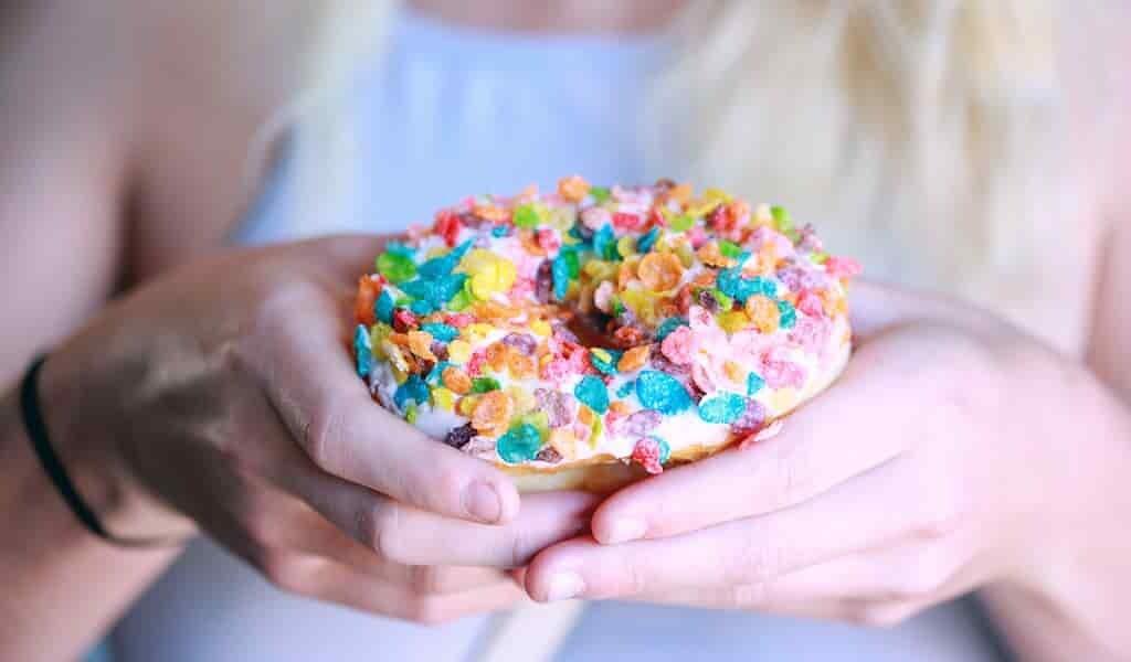 trop-de-sucre-mène-au-TDHA-et-à-agressivité