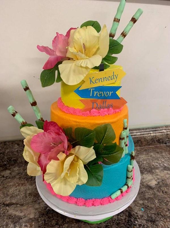 Cake by Yolanda's Cakes Hartford, Al
