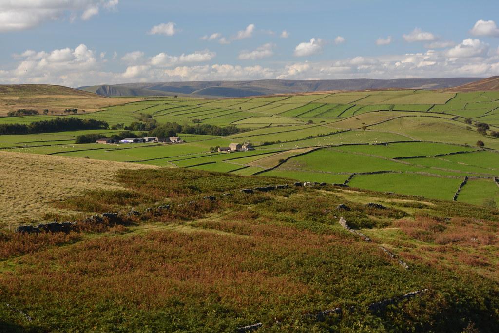 Beyond the Moors, Peak District National Park, Derbyshire, England.