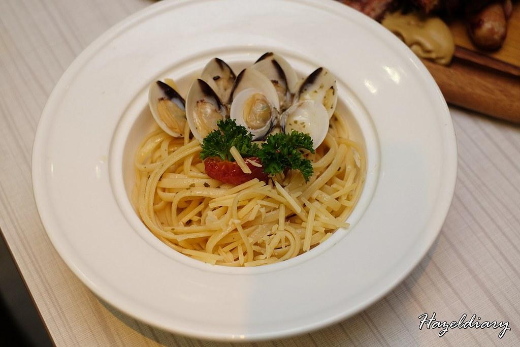 M Hotel Cafe 2000-Buffet-Spagethi