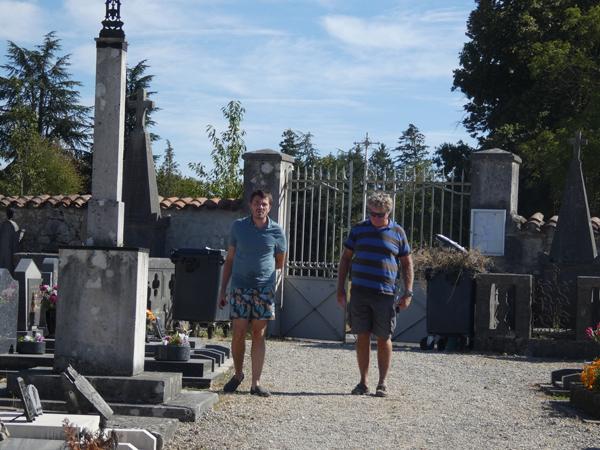 au cimetière de Druillat