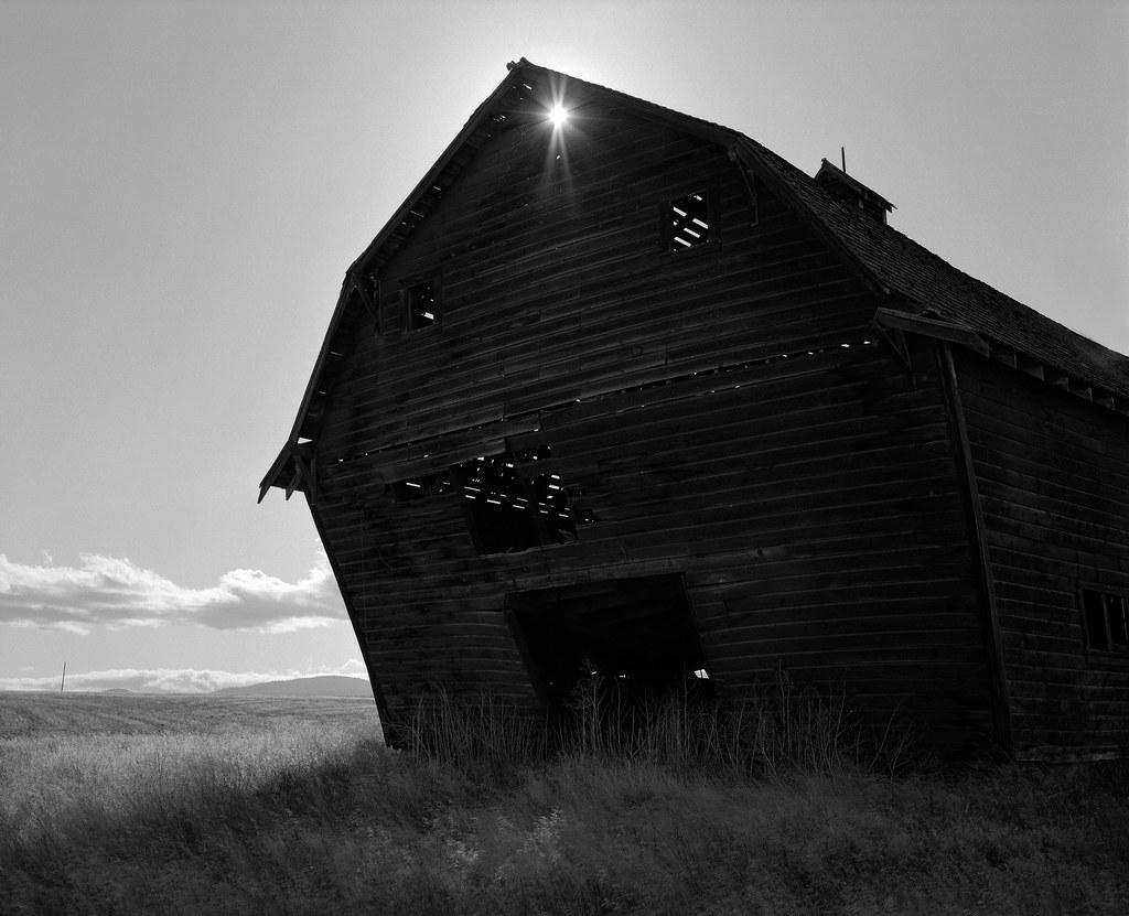 Barn, near Dufur, Oregon