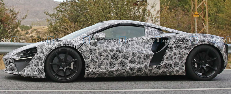 mclaren-hybrid-supercar-spy-photos (3)