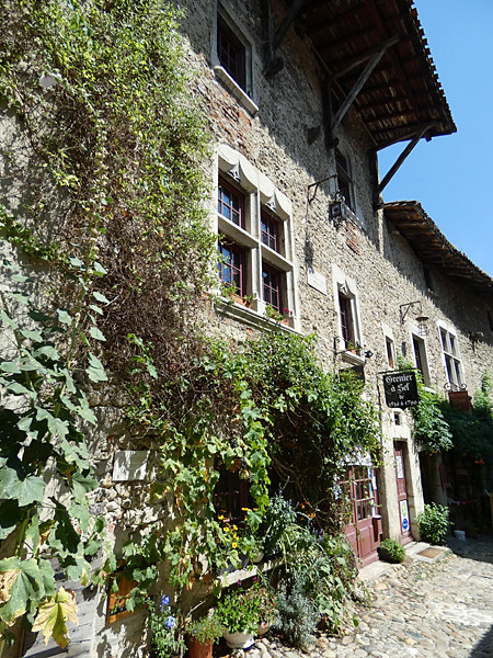 pérouges 8