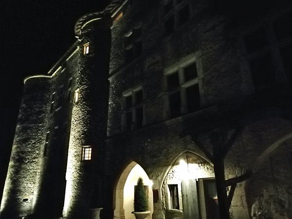 façade renaissance de nuit