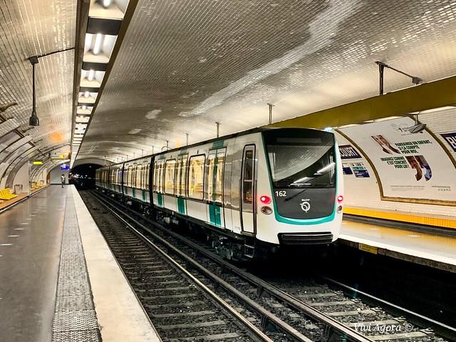 MF01 - L9 - n162 - RATP - PARIS - METRO