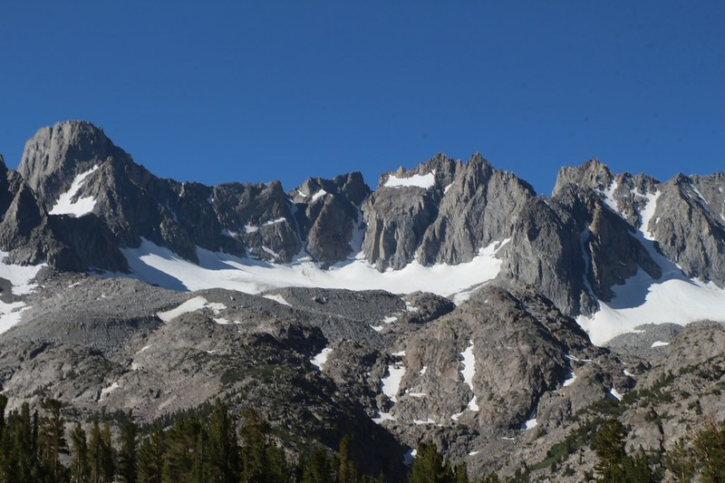 Zoomed-in view from Summit Lake of the Palisade Glacier, Sill, Polemonium, North Palisade, and Thunderbolt