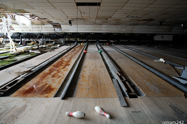 Going Bowling Tonight at Old Woodview