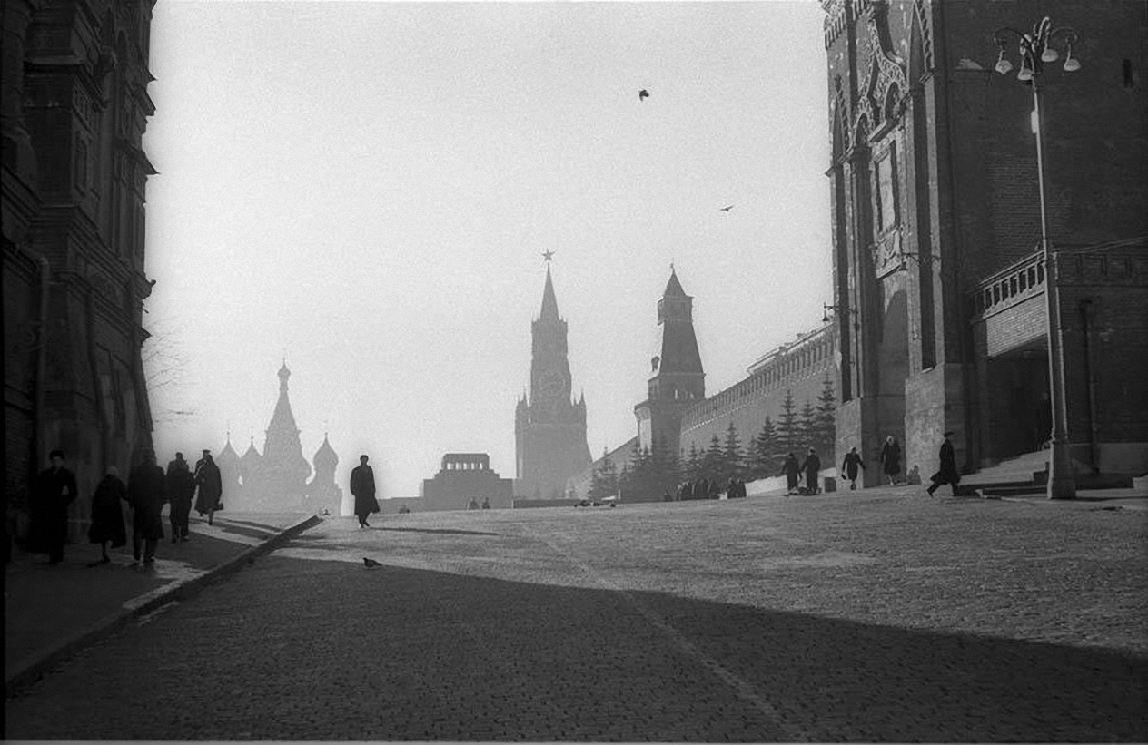 1950-е. Красная площадь. Зимнее утро