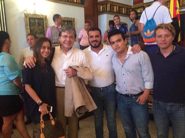 Carlos Holmes Trujillo, que ha sido Canciller y Ministro de Defensa durante el gobierno de Iván Duque, fue otro de los contactos del piloto del Cartel de Sinaloa en el Centro Democrático.