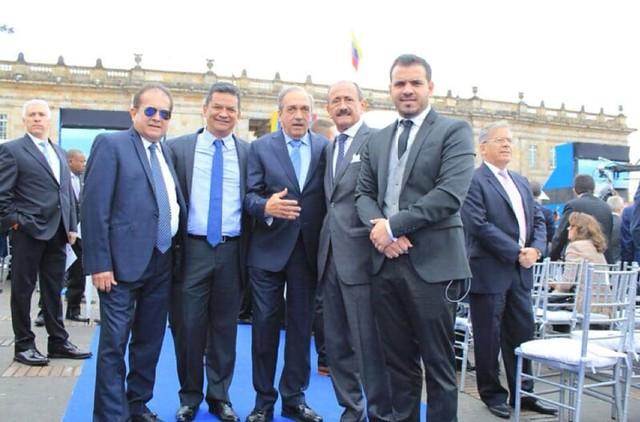 David Cataño también se codeaba con el ex gobernador de Antioquia, Luis Alfredo Ramos Botero (centro), procesado por la Corte Suprema de Justicia por sus vinculos con el narcoparamilitarismo.