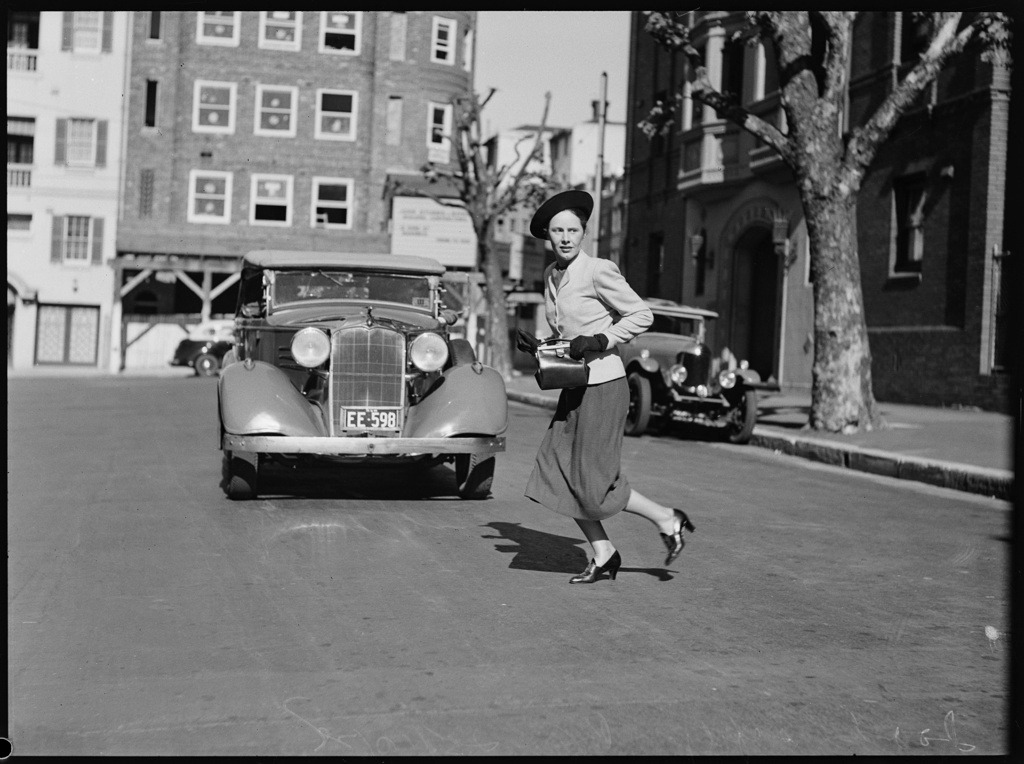 Road safety series, Sydney, 25 October 1938, photographed by Ray Olson