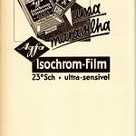 Tue, 2020-10-20 14:59 - Agfa film.  Película fotográfica Agfa.  in: Movimento : cinema, arte, elegância, N.º 3, 1 de Agosto de 1933.  magazine link: hemerotecadigital.cm-lisboa.pt/Periodicos/Movimento/Movim...  page link: hemerotecadigital.cm-lisboa.pt/Periodicos/Movimento/N03/N...