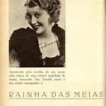 Tue, 2020-10-20 15:10 - Advertising for the store 'Rainha das Meias', in Porto, with the autographed portrait of the American actress Jeanette Anna MacDonald.  Publicidade à loja 'Rainha das Meias', no Porto, com o retrato autografado da actriz americana Jeanette Anna MacDonald.  in: Movimento : cinema, arte, elegância, N.º 3, 1 de Agosto de 1933.  magazine link: hemerotecadigital.cm-lisboa.pt/Periodicos/Movimento/Movim...  page link: hemerotecadigital.cm-lisboa.pt/Periodicos/Movimento/N03/N...