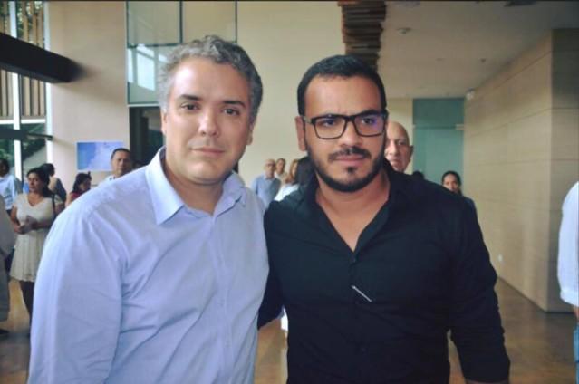 El 2 de febrero de 2018, Samuel David Niño compartió con el entonces precandidato presidencial Iván Duque Márquez.