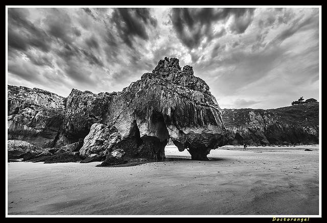 Playa Cuevas del Agua. Asturias