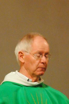 20201011 LARAGNE installation du père Jean-Pierre ODDON comme curé