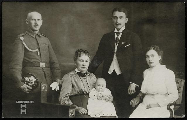 AlbumTappenZ1Album y, Familienfoto, 1913