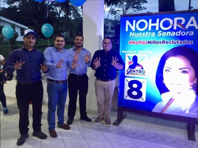 El activismo político del piloto Samuel Niño incluyó realizar actos de proselitistas en la campaña al Senado de Nohora Tovar.