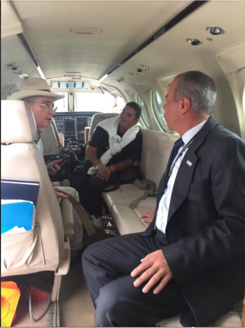 El 18 de mayo de 2018, el piloto del Cartel de Sinaloa trasportó al ex presidente Álvaro Uribe en una de las aeronaves de Llanera de Aviación.