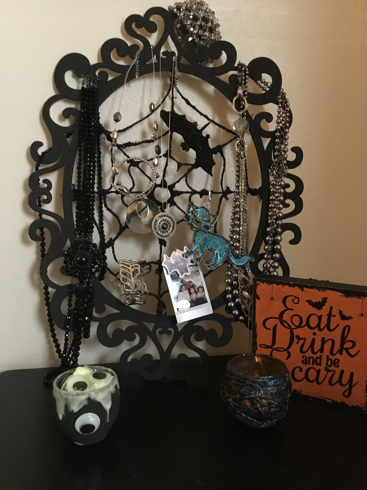 How to Make a Spiderweb Jewelry Holder Frame