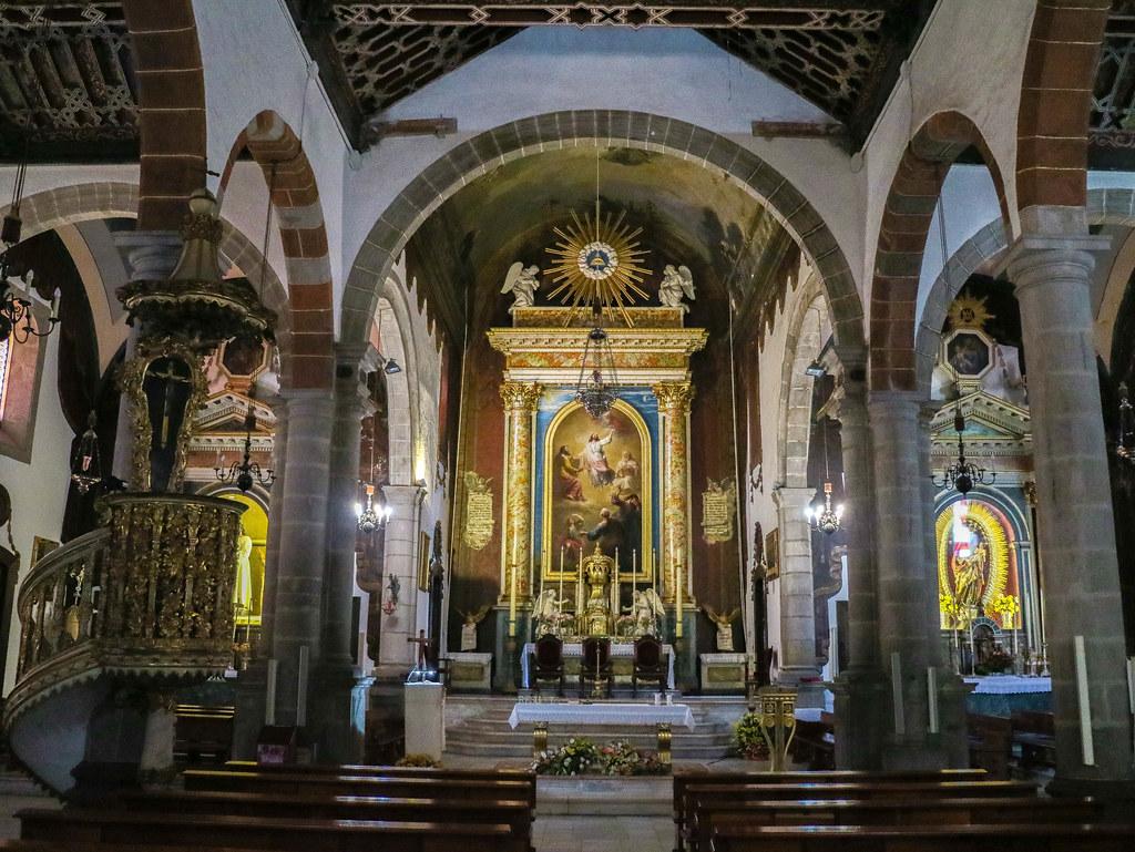 Interior de la iglesia El Salvador en Santa Cruz de La Palma