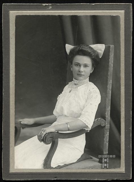 ArchivTappenZ2Album y, Helene, Juli 1914