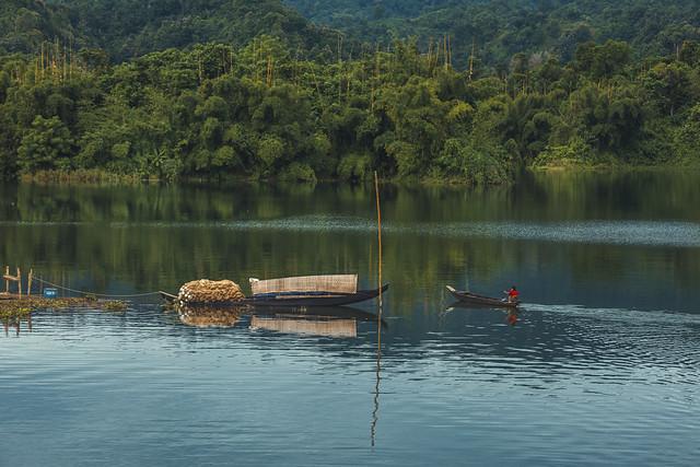 Kaptai Lake -  কাপ্তাই হ্রদ