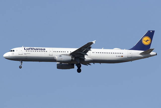 Lufthansa A321 D-AISK at Heathrow Airport LHR/EGLL