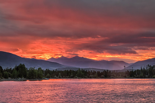 sunrise dawn daybreak landscape clouds mountains lakedillon dillonreservoir frisco colorado summitcounty rockymountains landscapes