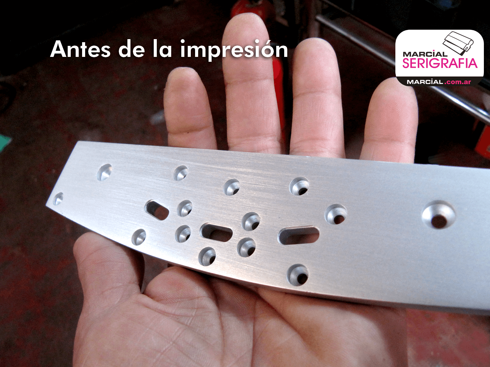 Aluminio anodizado antes de la impresión de restauración