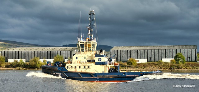 Tug Ayton Cross on the Clyde