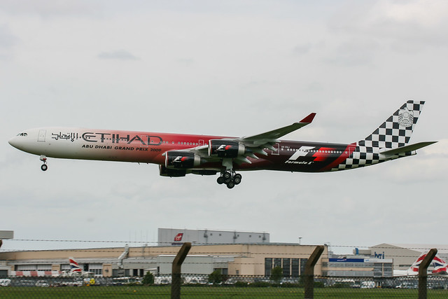 A6-EHJ - LHR - 20090509