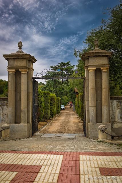 Entrada a Quinta Torre Arias