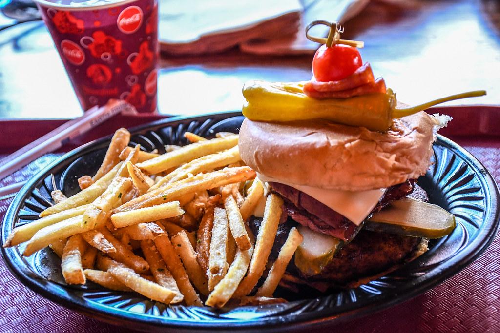 Red Rose Taverne Pastrami Burger DL