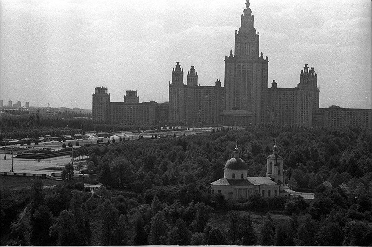 1959—1961. Два храма. Воробьевы горы