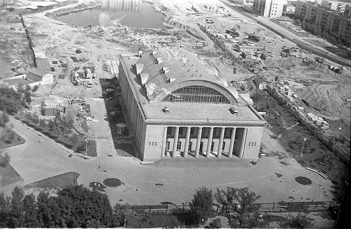 1957. Строительство бассейна «Динамо». Ленинградское шоссе