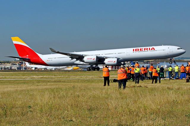 EC-JCZ A340-642 Iberia Barajas 20-05-17