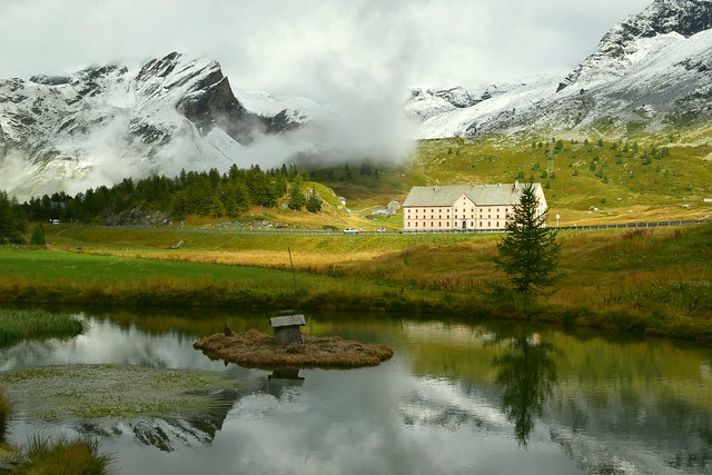 ...another view of the Simplon Hospiz