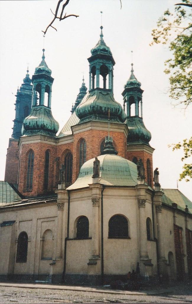 Abside, basilique archicathédrale Sts Pierre et Paul, néogothique XXe, Ostrów Tumski, Poznan, Grande-Pologne, Pologne.