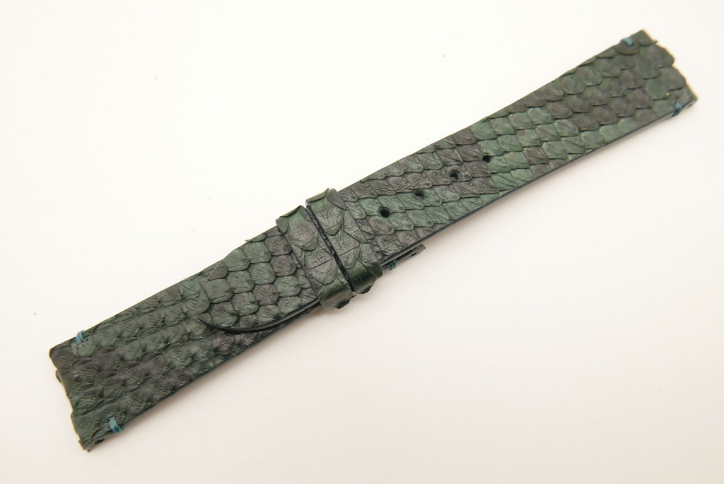 P1710190 (FILEminimizer)   by Ziczac Leather